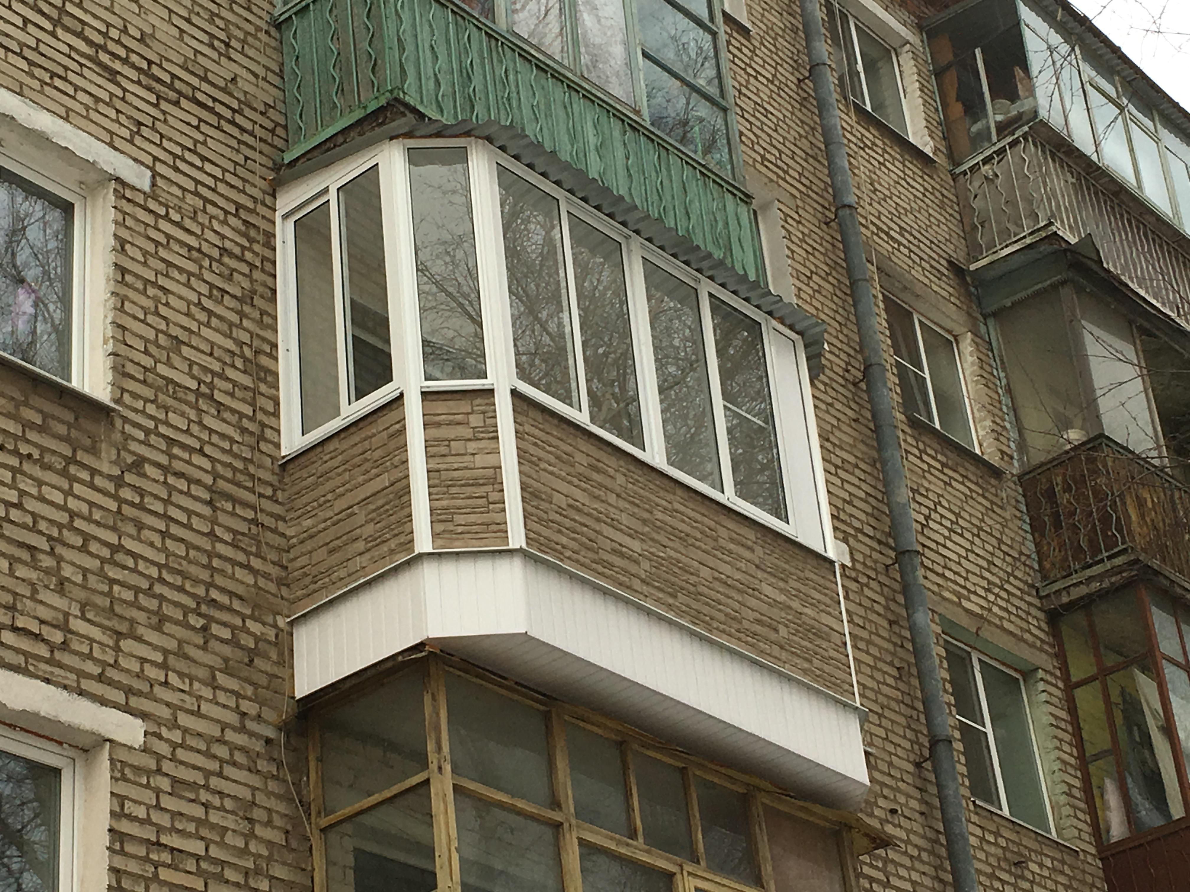 Фото объекта внешняя отделка балкона, тула, не указана, стил.