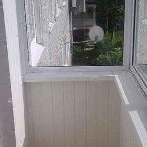 Отделка вагонкой балкона